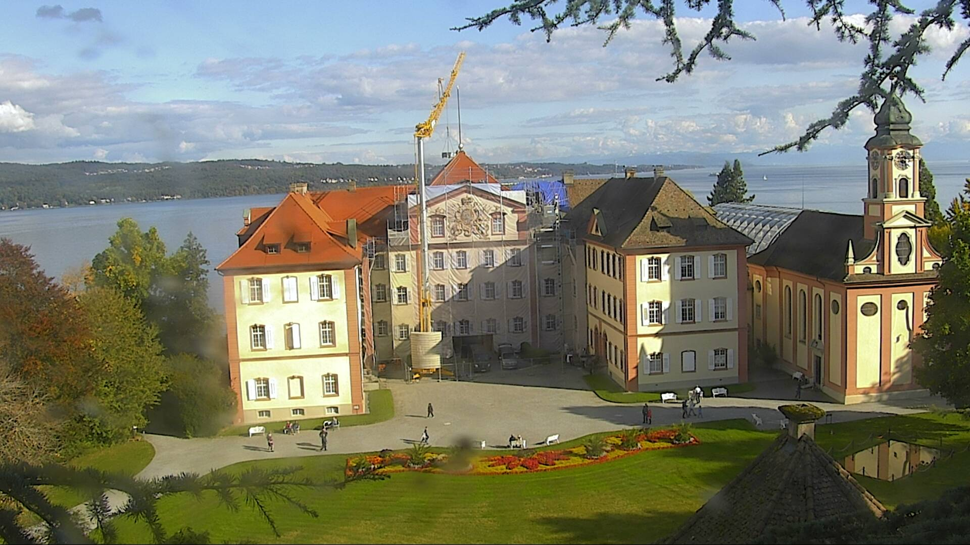 http://webcam.mainau.de/schloss